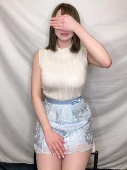 もか『地元完全未経験!18歳』 Club Topazでおすすめの女の子