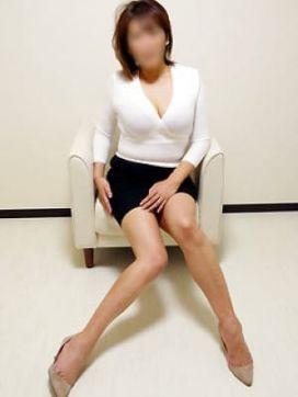 藤崎|誘惑マル秘ミセスで評判の女の子