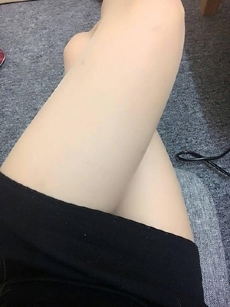 ありん(成田風俗空港 美少女らうんじ)のプロフ写真2枚目