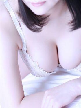 美凪(ミナ)|名古屋風俗で今すぐ遊べる女の子