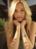 エバ|スーパーハリウッドでおすすめの女の子