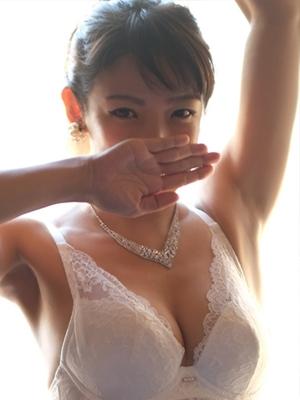 春瑠(ハル)|ロイヤルステージ - 名古屋風俗 (写真3枚目)