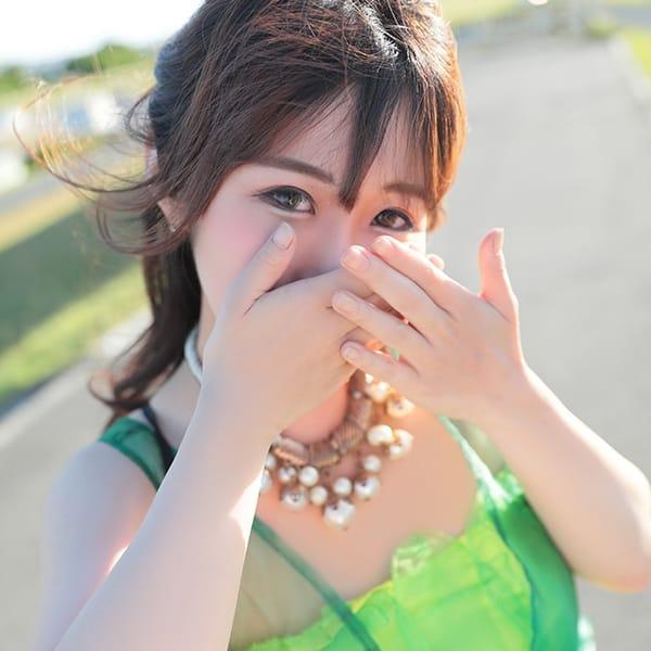 京 華子(きょうはなこ)【ロリフェイスのクビレ美巨乳】