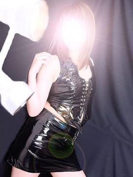 リンネ|小山性感マル秘クラブで評判の女の子