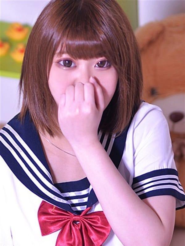 れん【笑顔満点Fカップ美少女】