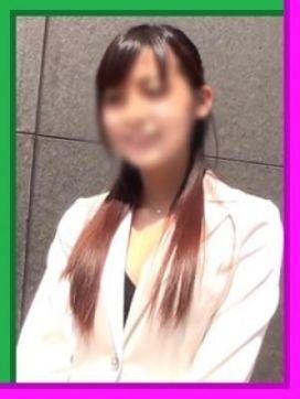 かおり|ちょっぴり大人の福岡美人 桃色吐息で評判の女の子