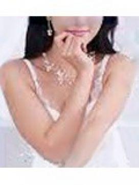 ヒトミ|東京紳士倶楽部で評判の女の子