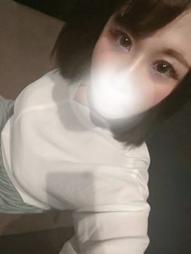 すず ヤリすぎサークル.com 池袋店で評判の女の子