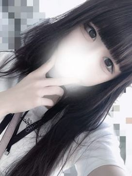 おもち ヤリすぎサークル.com 池袋店で評判の女の子