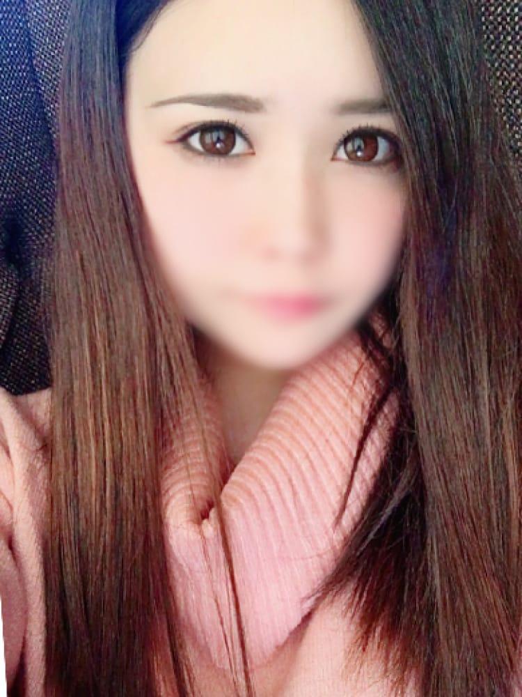 まお【エロボディ美女】