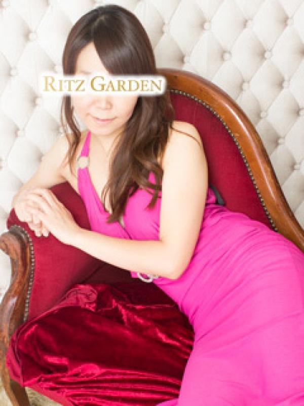 桜坂(RITZ GARDEN(リッツガーデン))のプロフ写真2枚目