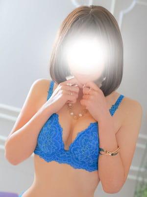 ミサキ【艶黒髪にズキュン♪】