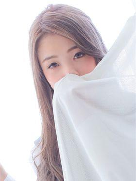 せい 日本橋・千日前風俗で今すぐ遊べる女の子