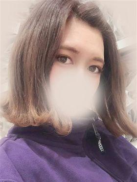 ぺろ|日本橋・千日前風俗で今すぐ遊べる女の子