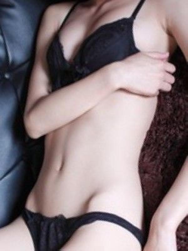 花木翠(誘惑痴女 お義姉さんの素顔)のプロフ写真5枚目
