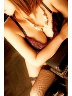 安祐美|人妻ディスパーチでおすすめの女の子