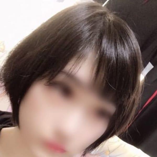 ちさ【黒髪ショート・小顔】