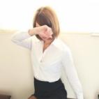 メグ|びしょぬれ新人秘書(新横浜) - 横浜風俗