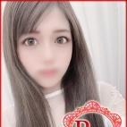 あき【モデル級美少女】