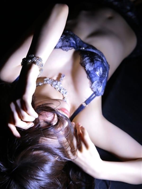 かのん【VIPレディ】【洗練された美女】