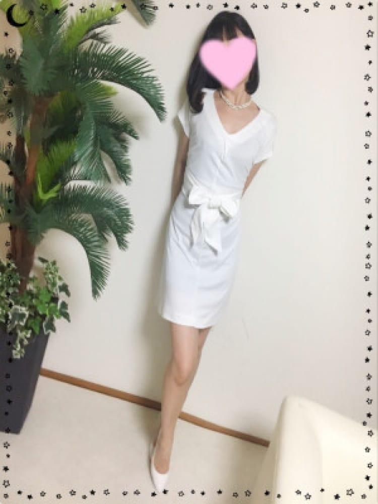 菜々子(ななこ)(『iris‐アイリス‐』素人専門学生から人妻OLまでetc)のプロフ写真3枚目