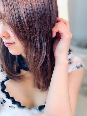 真子-mako【柔らかい雰囲気に優しい笑顔】