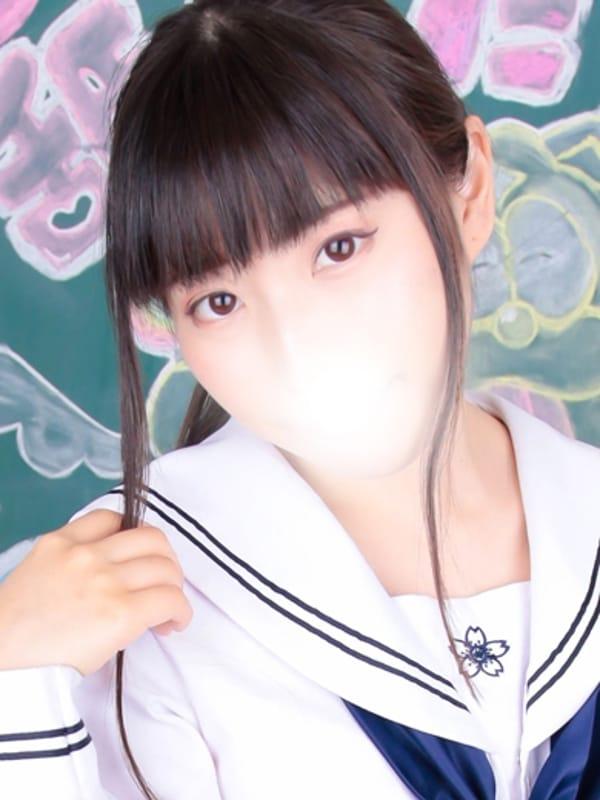ねむ【人懐っこい黒髪ミニマム生徒♪】