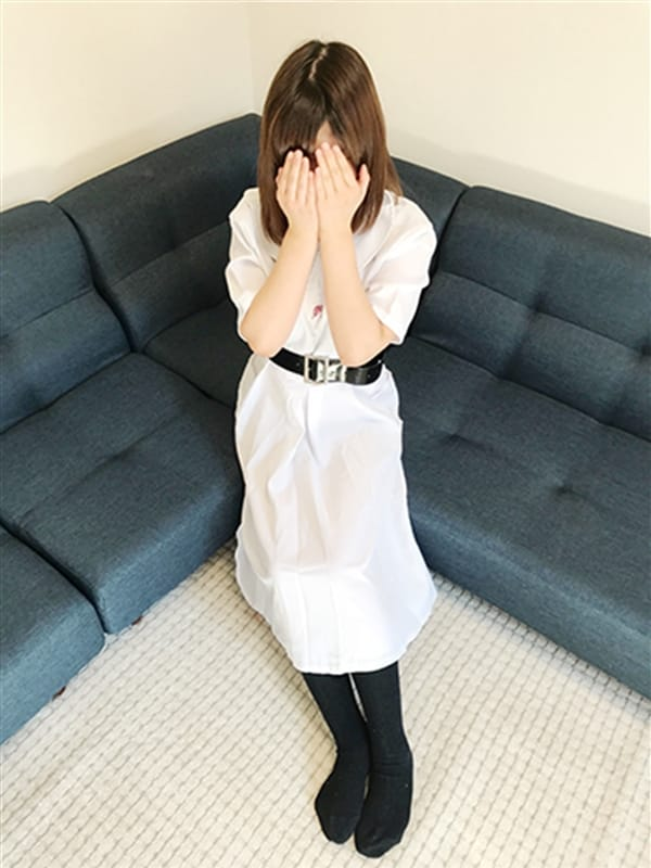 りり【完全業界未経験★巨乳】