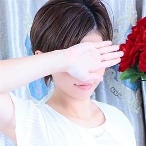 崎原 みお【甘い吐息が官能的な清楚妻】 | 華~club HANA~(那覇)