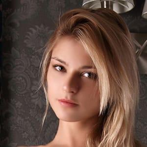 ローレル【くっきりとした顔立ちで超美形】