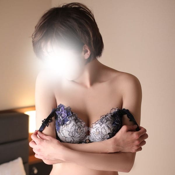 香織-かおり【犯され願望なマゾ奥様】 | 熟女10,000円デリヘル(横浜)