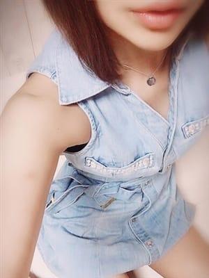 かんな【キレイ系細身美女】|LOVE collection - 熊本市近郊風俗