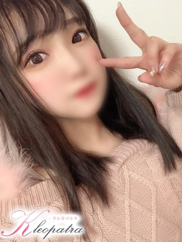 ひな【巨乳美少女】