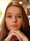 フローラ|ブロンドストーリーでおすすめの女の子
