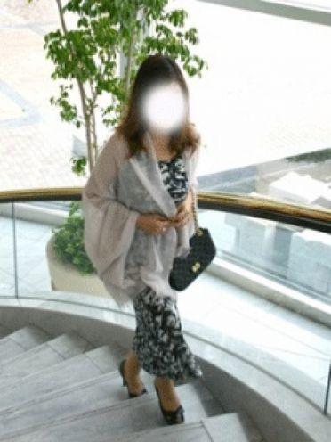 香苗(かなえ)|人妻の輝き - 高松風俗