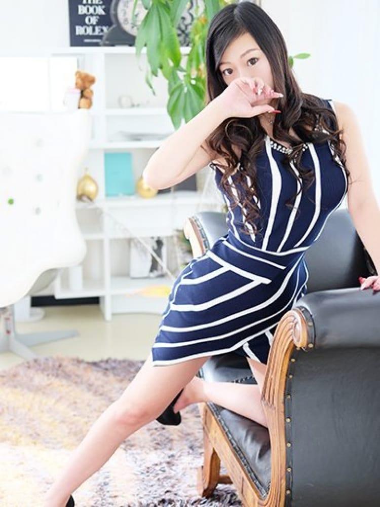 ミレイ★洗練された美貌★(Louboutin~ルブタン~)のプロフ写真5枚目