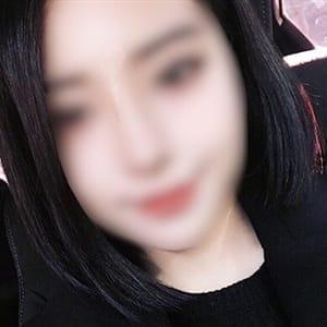 ティアラ 【若さ弾ける美少女】