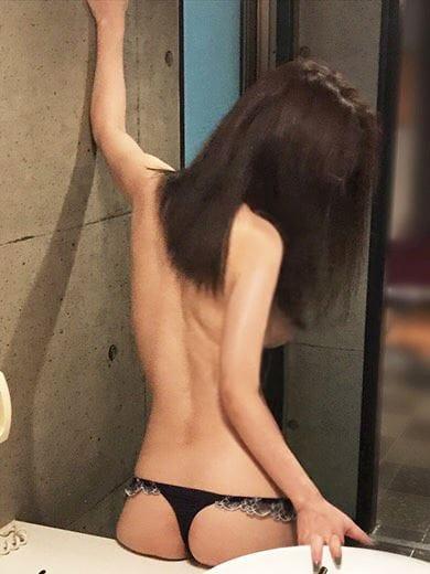りな(激安ミセス 四日市店)のプロフ写真1枚目
