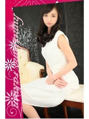 麗子 【色白美脚の清楚系】|秘密の楽園 - 那覇風俗