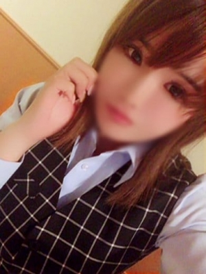 高田 せりか(秘書課)