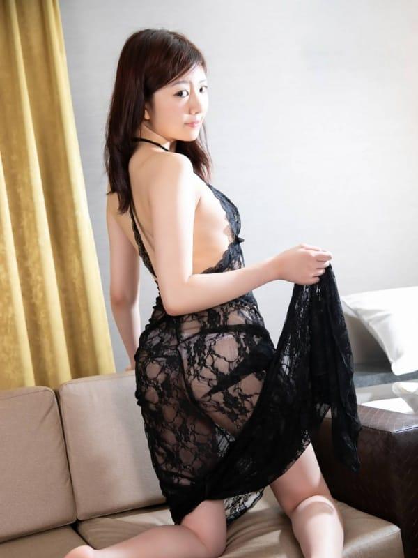 スタイル抜群♪ななちゃん(恋するママはテクニシャン70分14000円)のプロフ写真3枚目