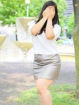 渡辺 りな|東京不倫妻で評判の女の子
