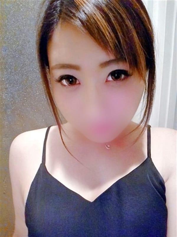 一ノ瀬 ユア(源氏物語谷9店)のプロフ写真1枚目