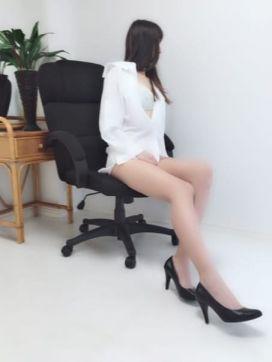 柴咲|官能エレナで評判の女の子