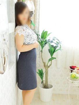 井上 香織|レアレスクで評判の女の子