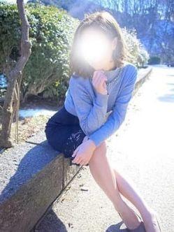 ゆま|淫乱団地妻でおすすめの女の子