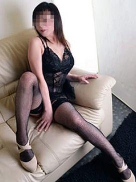 まどか夫人|愛踊で評判の女の子