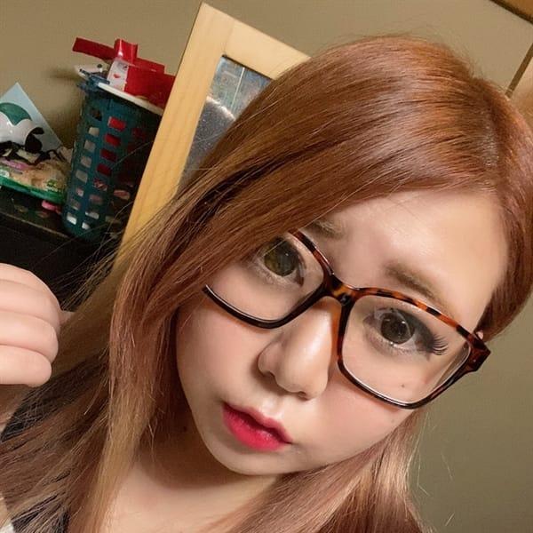 くみ【夢のロリ爆乳っ娘】   メガネっ娘(新宿・歌舞伎町)