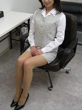 めい|密着回春出張委員会で評判の女の子