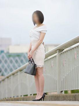 柏木|人妻派遣センターで評判の女の子
